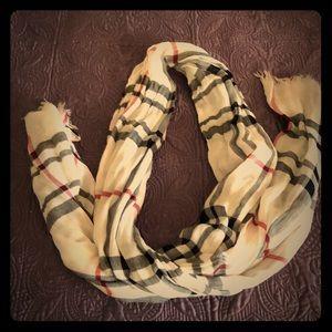 Light weight scarf